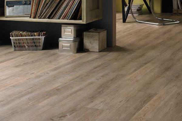Timber vs Vinyl Flooring